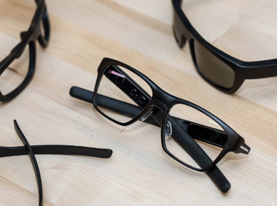 Intel_Just_Releases_Prototype_for_New_Vaunt_Smartglasses
